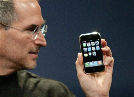 Steve Jobs เปิดตัว iPhone